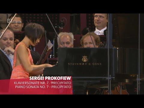 Yuja Wang: Prokofiev - Sonata No 7 in B flat major, movement 3 Precipitato / Concert 2017 in Germany