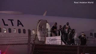 First Toronto Raptors Arrive Home at Toronto Pearson Airport as 2019 NBA Champions!