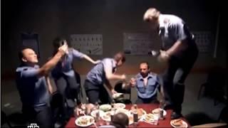 сериал Пятницкий, Фомин отжигает пьяный на столе
