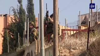 الاحتلال يدب الرعب في قرية عوريف جنوب مدينة نابلس بالضفة الغربية - (17-11-2018)