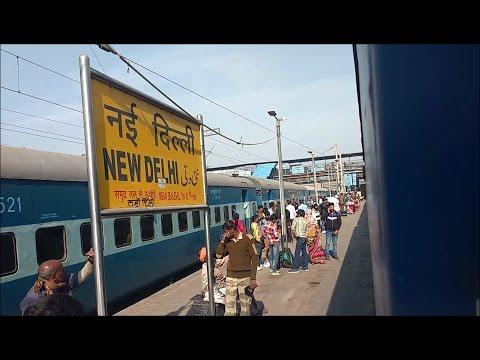 12483/Kochuveli Amritsar Weekly SF Express arriving New Delhi. Part 1