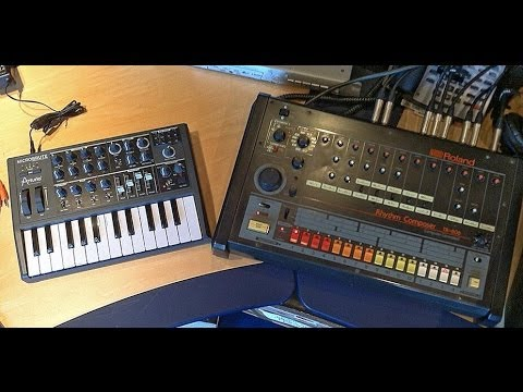 arturia microbrute sequencer sync 39 d by tr 808 drum machine youtube. Black Bedroom Furniture Sets. Home Design Ideas
