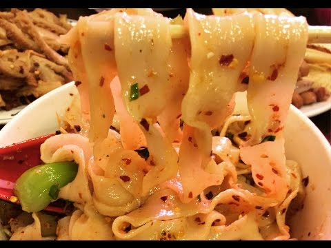 6 DELICIOUS Chinese Noodles You NEED to Try!