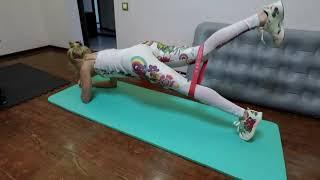 Тренируем пресс. Лучшие упражнения. Планка на полу с резиной.