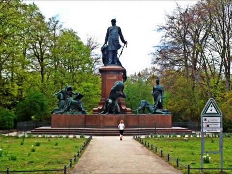 EUROPE ANDO..... BERLIN FOTO A FOTO by @garsejuan