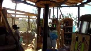 Construcción con Tierra y Material Reciclado.