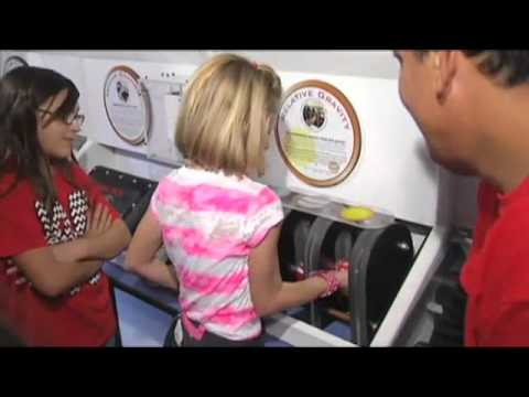 Bridge City Intermediate School using science trailer to learn about subject, careers