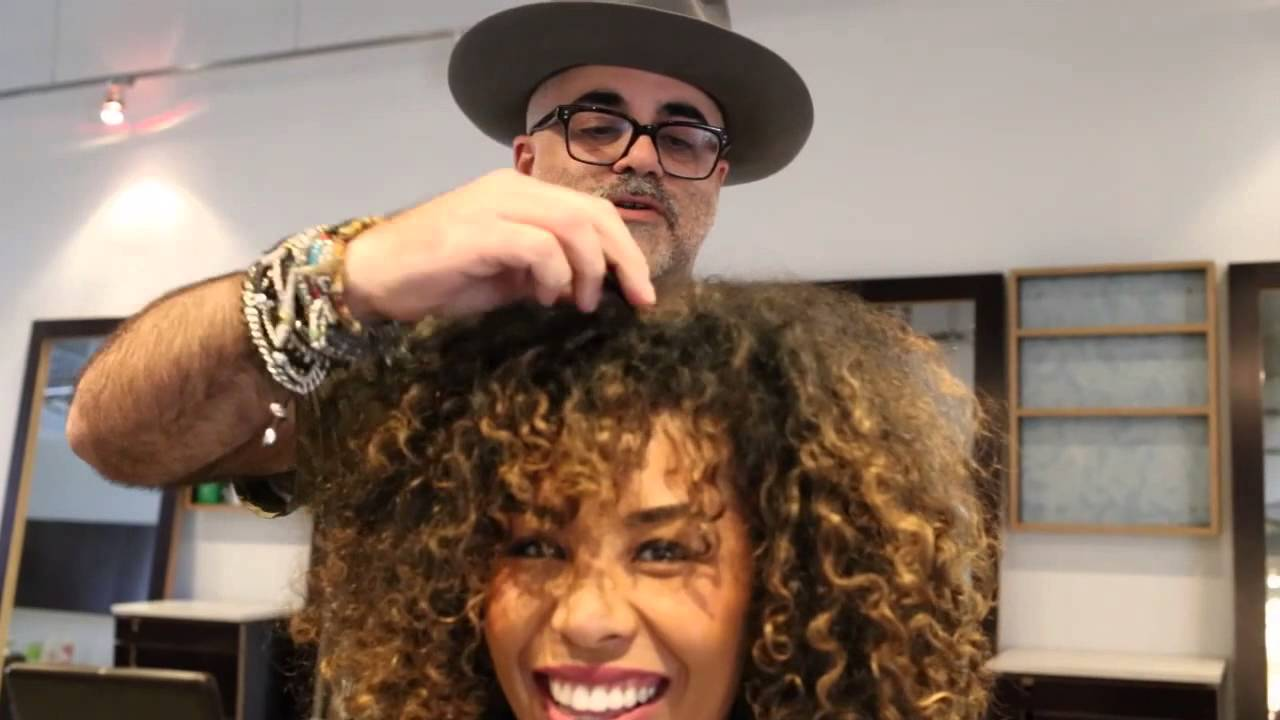 Swirl Girl Army Visiting Shai Amiel Aka The Curl Doctor At