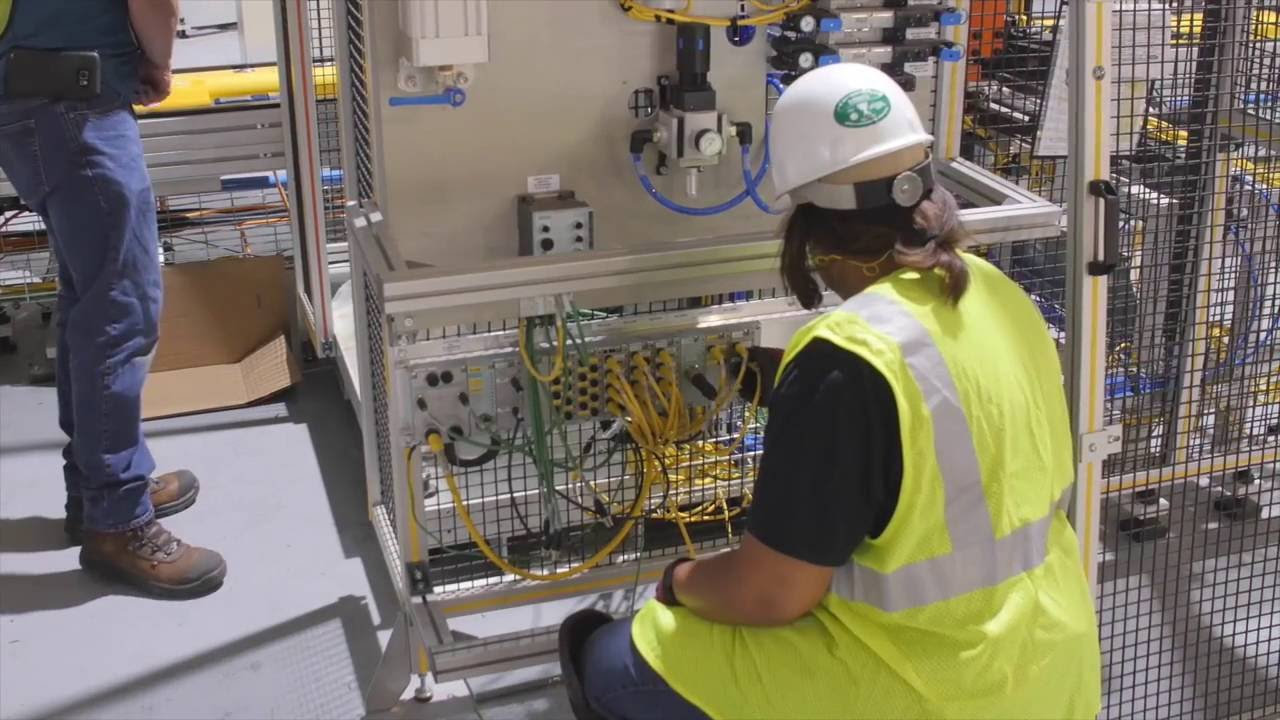 industrial electrician - Responsibilities Of An Electrician