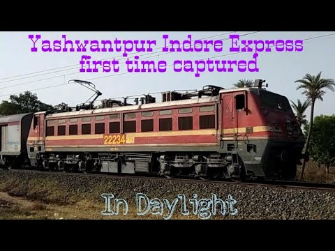7Hrs Late Prestigious Yasvantpur Indore Express On Fire