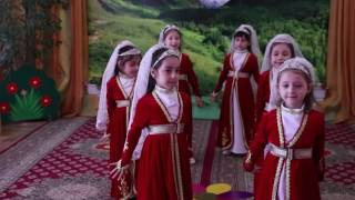 Дагестанский девичий танец.