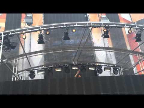 Martin Garrix - Intro + Don't Look Down / Kingsland Festival 2016