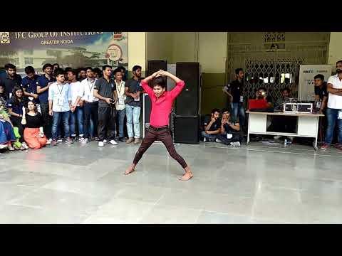 Great Dance by Mr. Ankit @ IEC INNOVISION 2K18 (DANCE- ANKIT IEC). || #echosmart