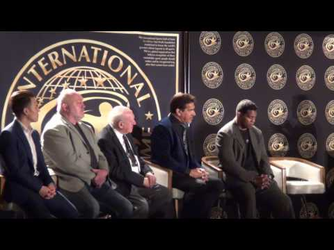 Herschel Walker & Lou Ferrigno 2017 International Sports Hal