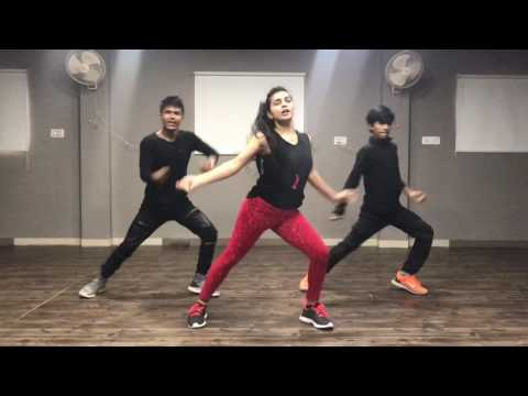 Sau Tarah Ke   Dishoom   Choreography Sumit Parihar (Badshah)