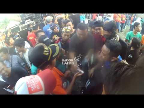 Cak met dan Musisi New Pallapa DITAWUR Penonton setelah manggung live mantup lamongan