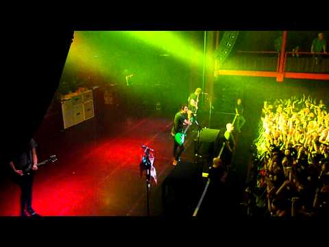 All Time Low - Dirty Work Tour - NEW SONG Time Bomb @ AB Brussels (15.02.2011)