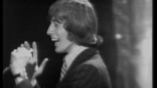 """The Bee Gees - Massachusetts - """"Top Of The Pops"""" Show (1967)"""