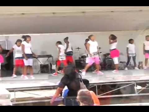 The Action Center Dance Team Performs at Rockaway Resource Day