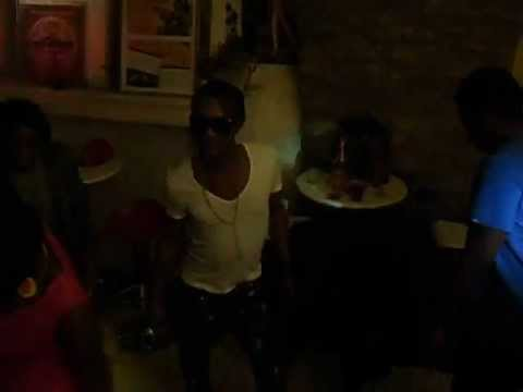 les gaulois de G7 de ferre gola patou makela fete la naissance de sa fille keira makela