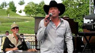 "Clay Walker- ""Fall"" CMA Fest 2009"