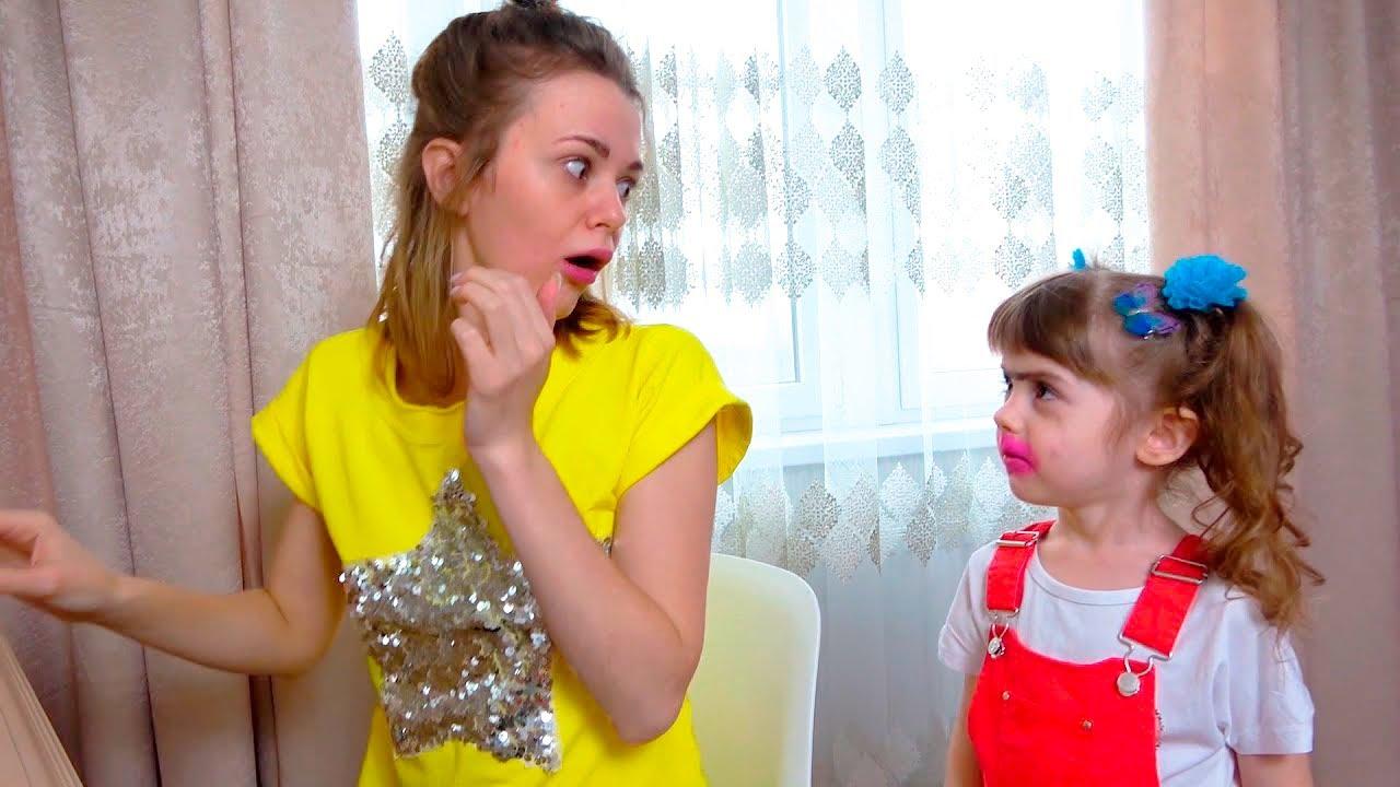 Ева и игры с косметикой для детей