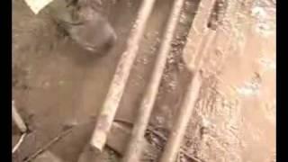 вертлюг ковровской буровой(купленный у серегина вертлюг. после 1 часа сразу потек, замена сальников толку не дала. это просто развод..., 2010-04-14T17:52:53.000Z)