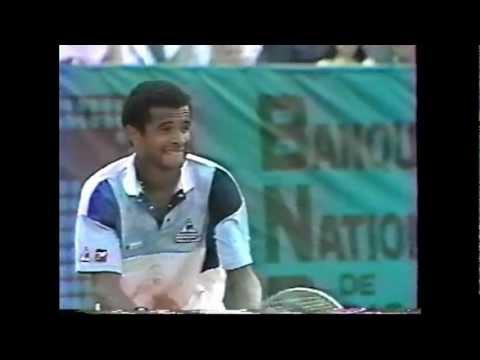 Henri Leconte vs Yannick Noah 1985 French Open 3/4
