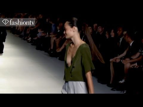 Dress Up Runway Show @ LMFF 2011 - Melbourne Fashion Festival | FashionTV - FTV.com