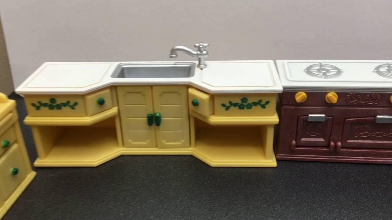 Calico Critters Kitchen set Opening!!! ❤ - YouTube