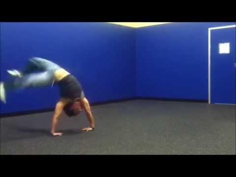 Capoeira Tutorial & Rome 2 Basic Batle
