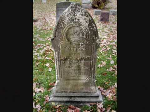 24 Hours in Pictures; Lewiston Village Cemetery