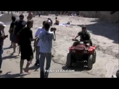 Fight Club! Surfers VS Paparazzi & Sheriff  At Malibu Beach (RAW VIDEO)