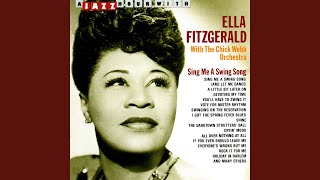 Watch Ella Fitzgerald I Got The Spring Fever Blues video