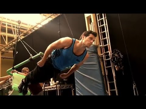 Henry Cavill Superman 'Justice League' Behind The Scenes