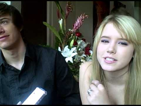 Taylor Spreitler and Dylan Patton talk Holiday Plans!