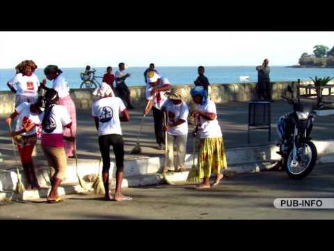 Fanadiovana Bord de la Mer Majunga Madagascar nataon'ny Association ASSANATI  FAMO GIDRAKA, ce 19 Ao