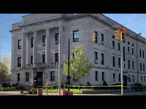 Woman accused of starting fire at Hocking County Courthouse