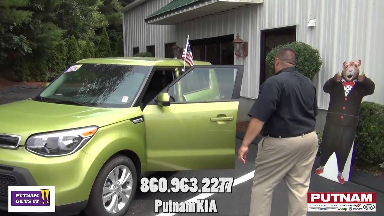 Putnam Chrysler Dodge Jeep RAM KIA Putnam CT Salesman Jimmy with the