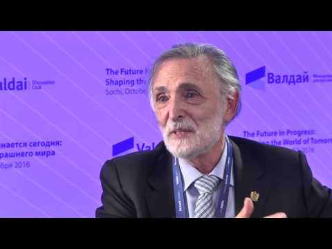 Raúl Delgado Wise on Migration, Globalization and the New Rise of Populism