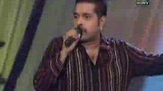Shankar Mahadevan Performin Must Qalandar from Hey Baby Live