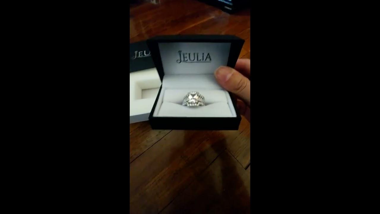 Jeulia 3PC 30 CT Radiant Cut Created White Sapphire Wedding Set Review