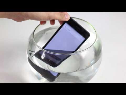 HoangHaMobile Test khả năng chống nước của Sky Pantech V950