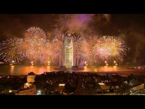 Dubai Hosts Stunning Show To Celebrate UAE National Day