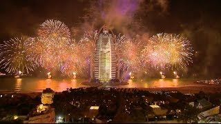 Dubai Hosts Stunning Show To Celebrate UAE National Day