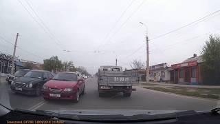 Выезд на встречную полосу, создание аварийной ситуации. Бишкек 14 апреля 2018