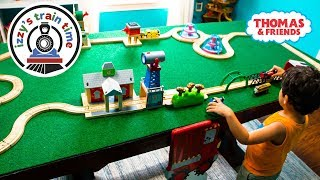 Thomas and Friends | BUBS BUILDS A TRAIN TABLE TRACK! Thomas Train with Brio Fun Toy Trains for Kids