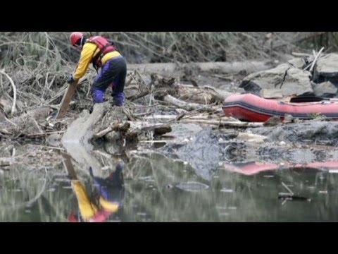 Landslide survivor: 'It hit so fast'