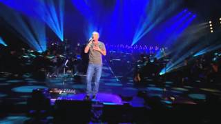 "Curt Smith of Tears For Fears performing ""Mad World"" with Il Novece..."