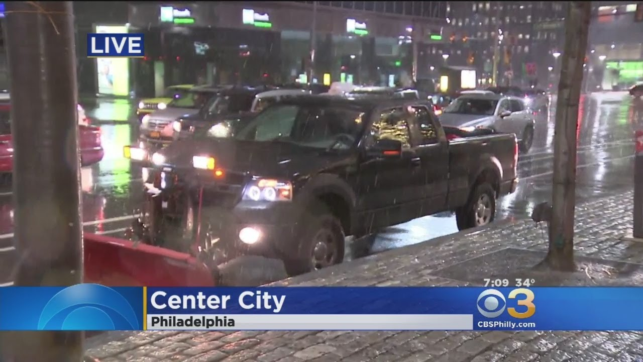 Flakes Begin To Fall As Wintry Mix Hits Our Region